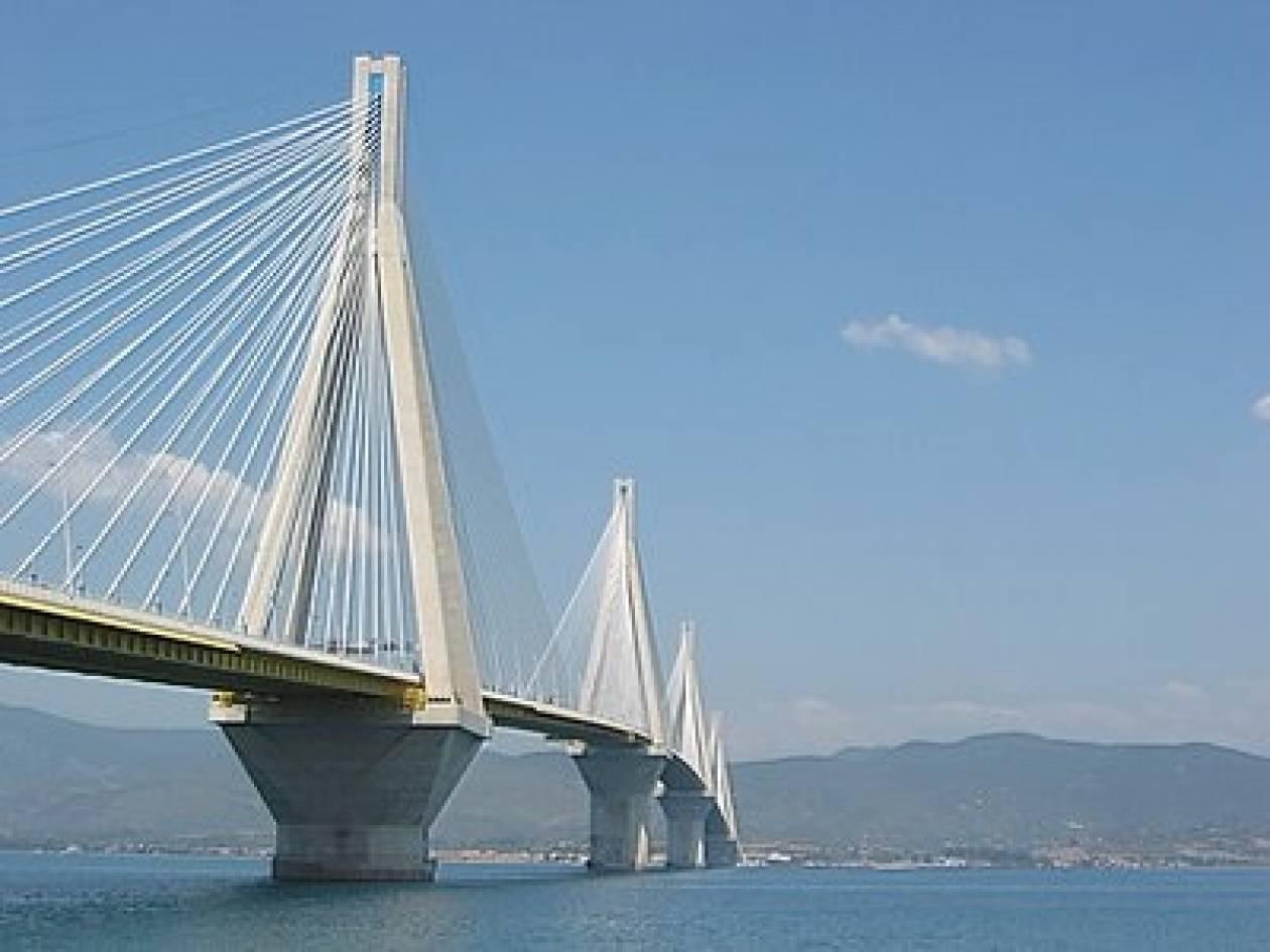 Εργασίες στη γέφυρα ΡΙΟΥ-ΑΝΤΙΡΡΙΟΥ  που κόβουν την ανάσα!