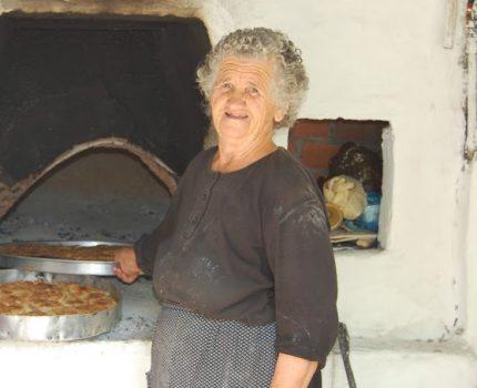 ΔΗΜΗΤΡΙΟΣ  ΚΙΣΣΑΣ : Αφιέρωμα στην Μαρία Σάββα Κρανιώτη (Θεία Βησσάραινα)