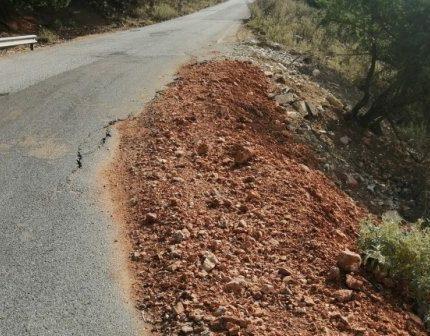 Πλατυγιάλι – Αστακός: Δρόμος καρμανιόλα – Και οι μελέτες περιμένουν… (ΔΕΙΤΕ ΦΩΤΟ)