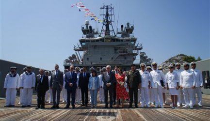 Στον στόλο του Πολεμικού Ναυτικού και το Πλοίο Γενικής Υποστήριξης «Ηρακλής».