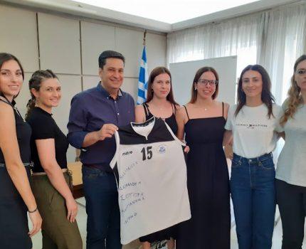 Συνάντηση Δημάρχου Αγρινίου με τη γυναικεία ομάδα μπάσκετ Αργοναυτών.