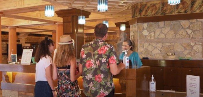 Με σποτ για τον τουρισμό κόντρα στις φετινές δυσκολίες
